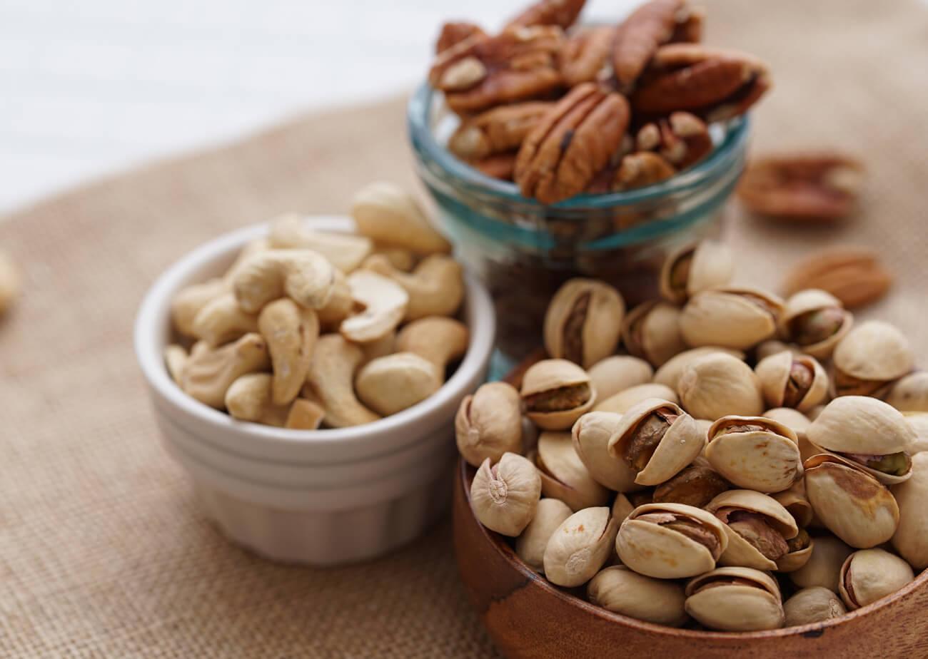 "Going Nuts! / 燻製ピスタチオ特集1Going Nuts! / 燻製ピーカンナッツ特集1"" width="